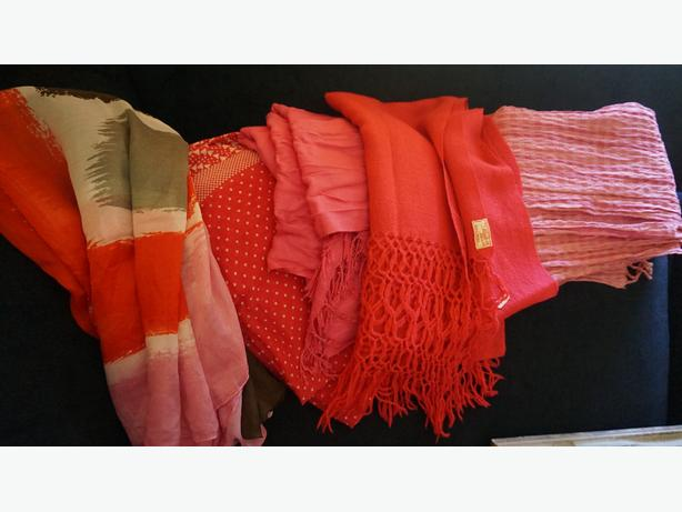 4u2c CHOICE OF SCARVES STARTING AT 10.00