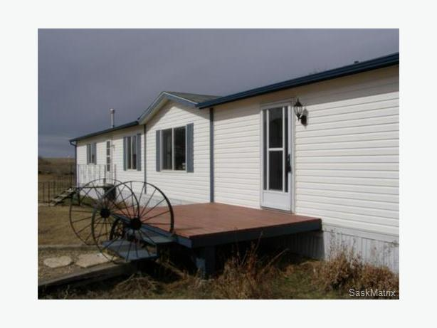 59+ acre hobby farm, southern SK, ample water! PRICE REDUCED