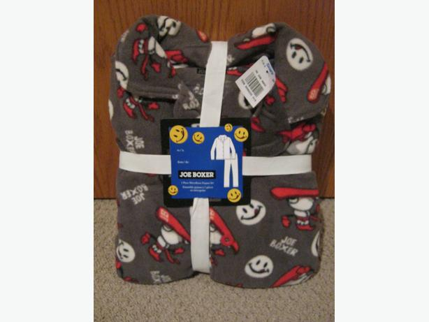 brand new boys fleece two piece pj set