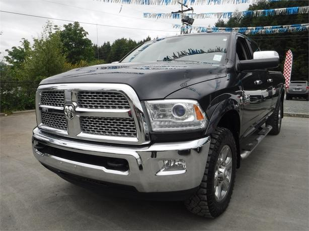 2014 Ram 3500 Laramie Crew 6.7L V8 Turbo Diesel Long Box-4WD