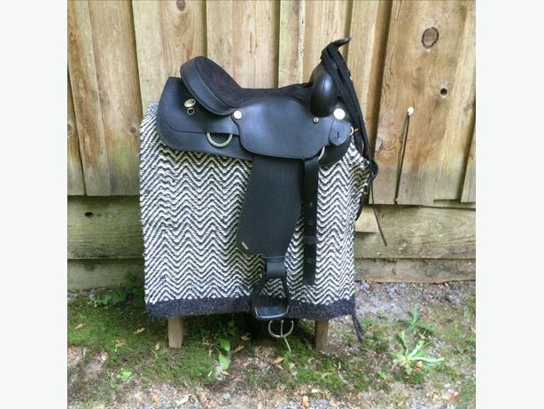 Wintec western saddle