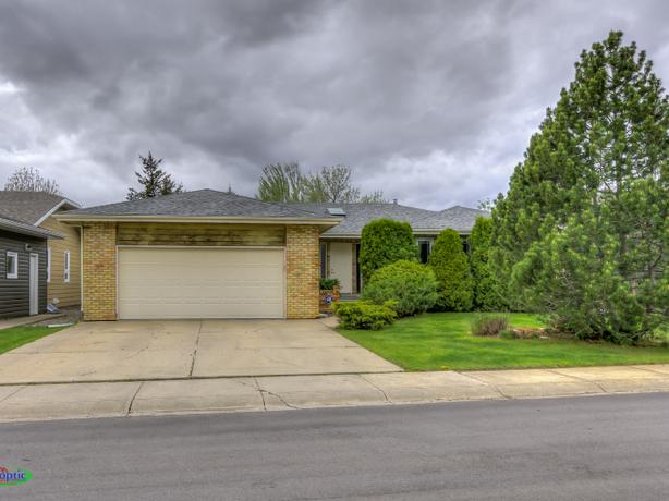 22 Elisia Drive, Moose Jaw