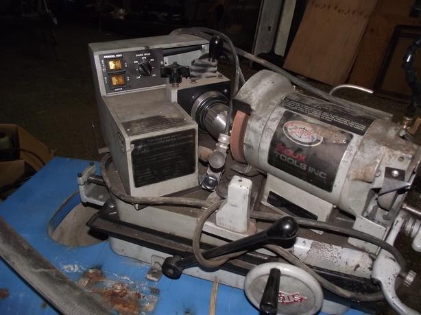 SIOUX VALVE GRINGING MACHINE