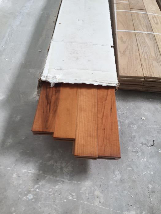 Hardwood floor oak and cherry wood new offers trades for Hardwood flooring york region