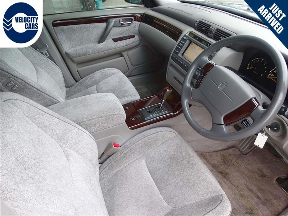 1999 Toyota Crown Majesta 60k S V8 Luxury Executive Sed