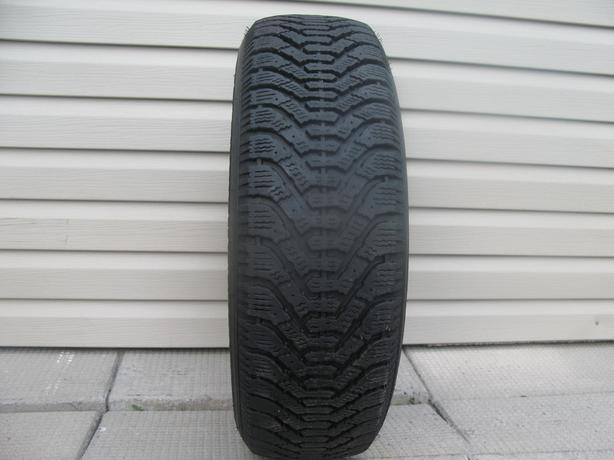 ONE (1) GOODYEAR NORDIC WINTER TIRE /205/70/15/ - $35