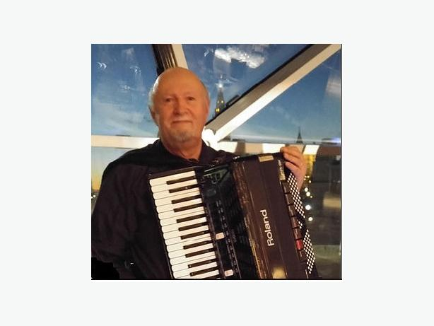LEARN TO PLAY THE ACCORDION - THE INSTRUMENT THAT PLAYS ANY MUSIC
