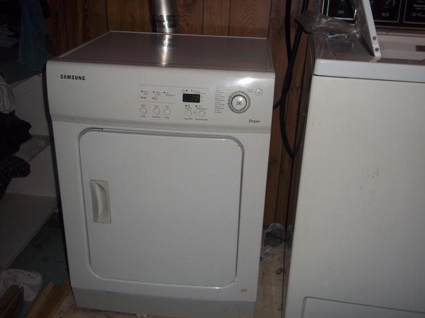 SAMSUNG 220amp apartment size dryer Sault Ste Marie, Sault Ste Marie