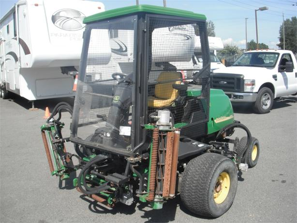 2007 John Deere 3225C Real Mower 5 Gang Diesel
