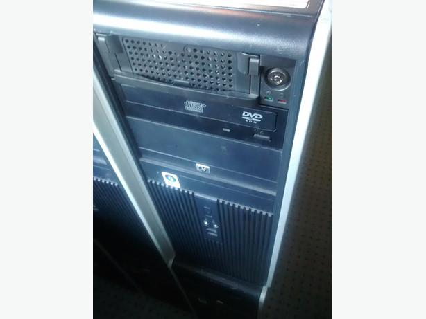 HP Desktop with Monitor Intel Duo Core 2 / 4GB RAM / 80GB HDD / Win 7 / Office