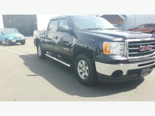 used 2010 gmc sierra 1500 sle 4x4 for sale in parksville outside comox valley courtenay comox. Black Bedroom Furniture Sets. Home Design Ideas