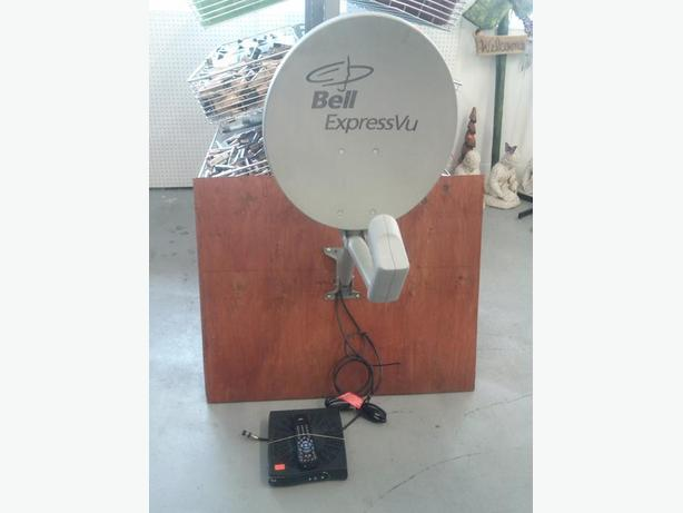Bell Express-Vu Dish and Receiver