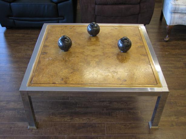 CHROME AND WOOD CFFEE TABLE