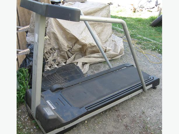 TREADMILL VITAMASTER In Excellent Condition And Working Order