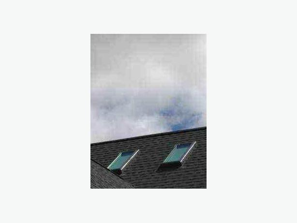 2 velux venting skylights windows flashings and solar for Velux solar powered blinds