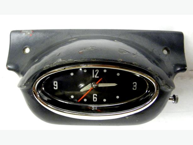 1957 57 Oldsmobile Olds Super Rocket 88 98 Dash Clock Golden