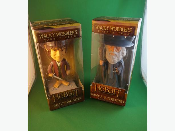 4U2C PAIR WACKY WOBBLERS HOBBIT
