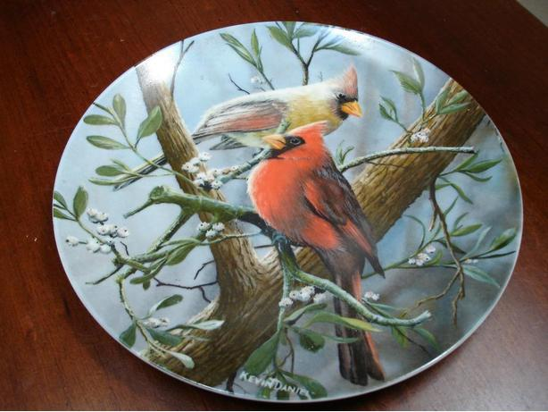 Knowles Encyclopaedia Brittania Birds of Your Garden Collector Plate