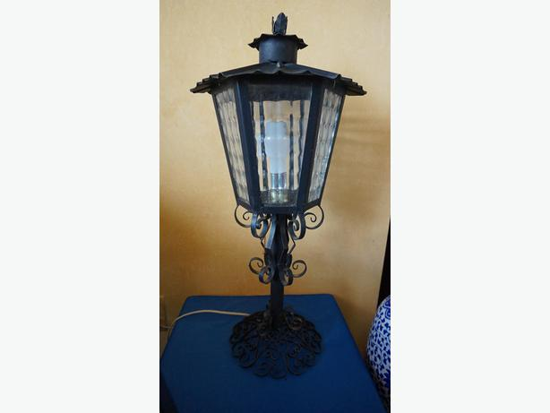 4U2C VINTAGE WROUGHT IRON LANTERN LAMP