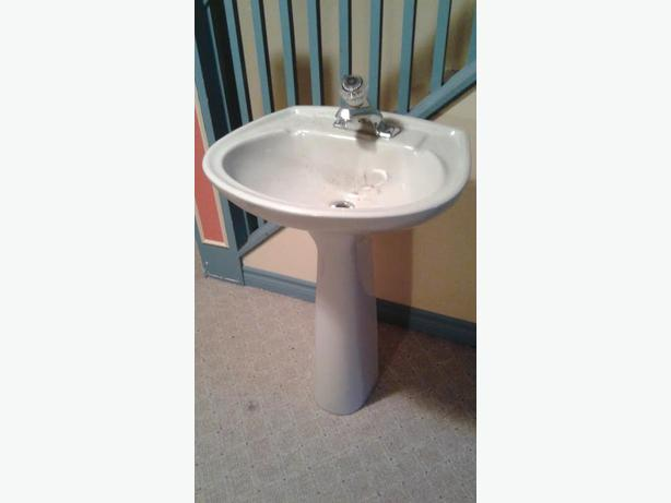 Pedestal sink (greyish color)