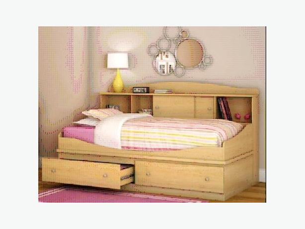 Twin Platform Bed With Long Headboard Orleans Ottawa Mobile