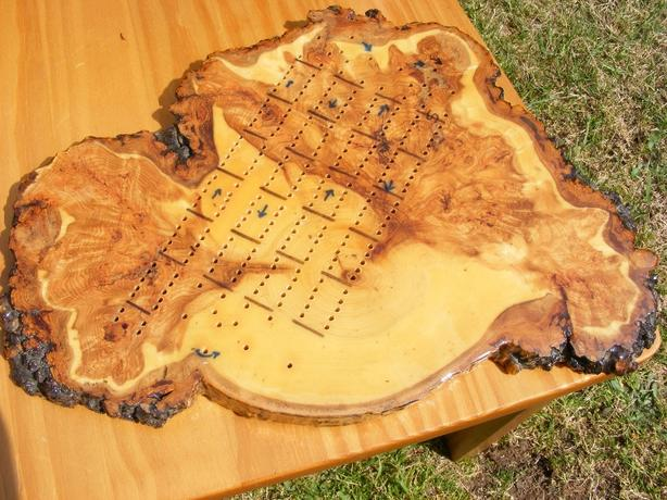 Burl crib board