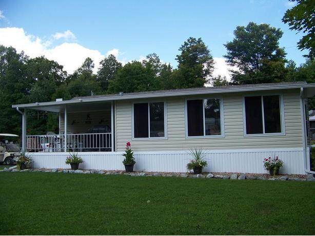 2007 Breckenridge Cottager 46ft