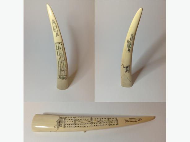 INUIT SCRIMSHAW - Cribbage Board Walrus Tusk Carving