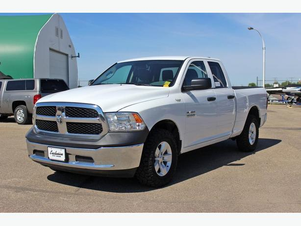 2015 Ram 1500 SXT Quad Cab 4X4*Bluetooth-Cloth Bench Seat*