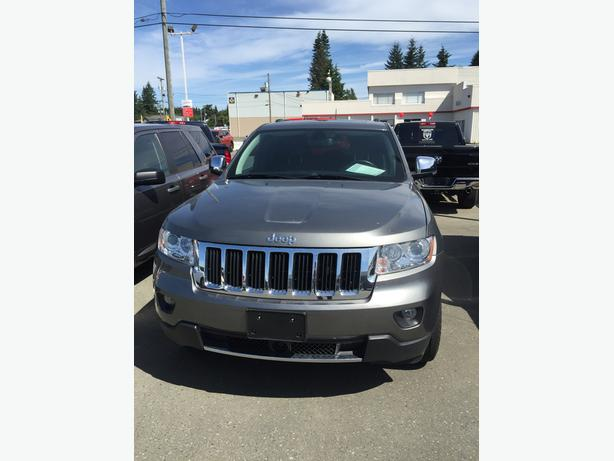 dropped in price 2013 jeep grand cherokee in immaculate shape campbell river campbell river. Black Bedroom Furniture Sets. Home Design Ideas