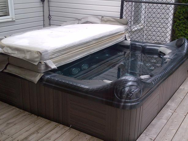 2007 domestic l a series s class hot tub cover all for A la mode salon parry sound