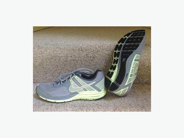 sports shoes c5ad0 1069b  Log In needed $100 · Ladies Nike Zoom Structure 16 Running Shoes Size 10  1/2 US 42.5 EUR