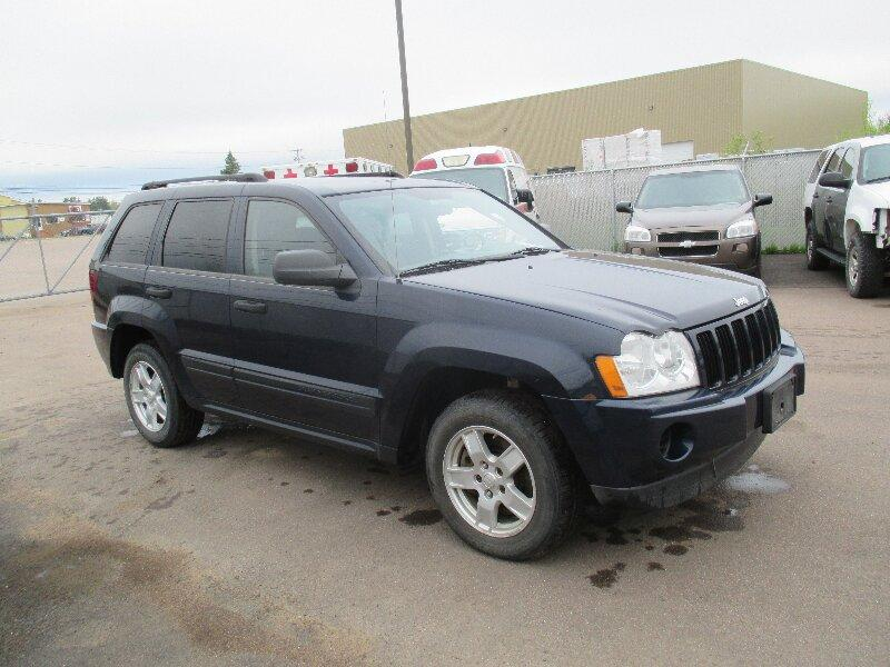 2006 jeep grand cherokee laredo 4x4 queens county pei mobile. Black Bedroom Furniture Sets. Home Design Ideas