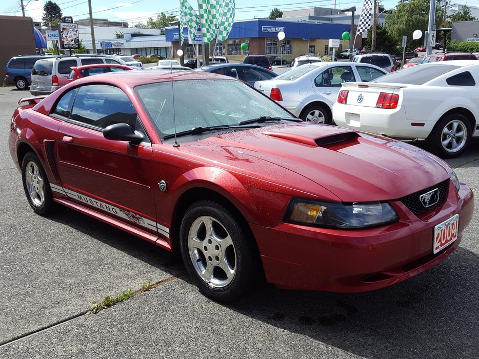 2004 ford mustang 40th anniversary rwd manual coupe outside comox valley comox valley mobile. Black Bedroom Furniture Sets. Home Design Ideas