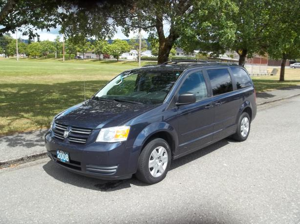 2008 dodge grand caravan full stow and go outside comox valley courtenay comox. Black Bedroom Furniture Sets. Home Design Ideas