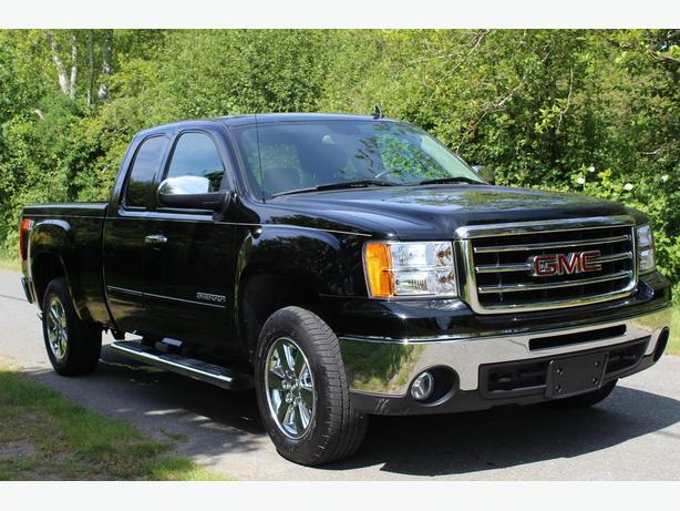 2013 gmc sierra 1500 slt tow package non smoker campbell river campbell river. Black Bedroom Furniture Sets. Home Design Ideas