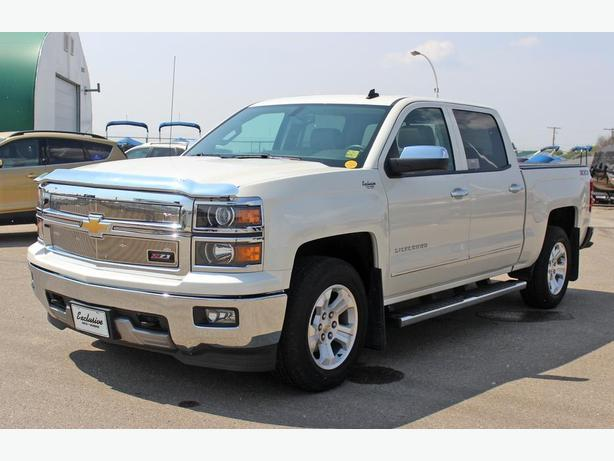 2014 Chevrolet Silverado 1500 LTZ 4x4 *Heated Seats-Sunroof*