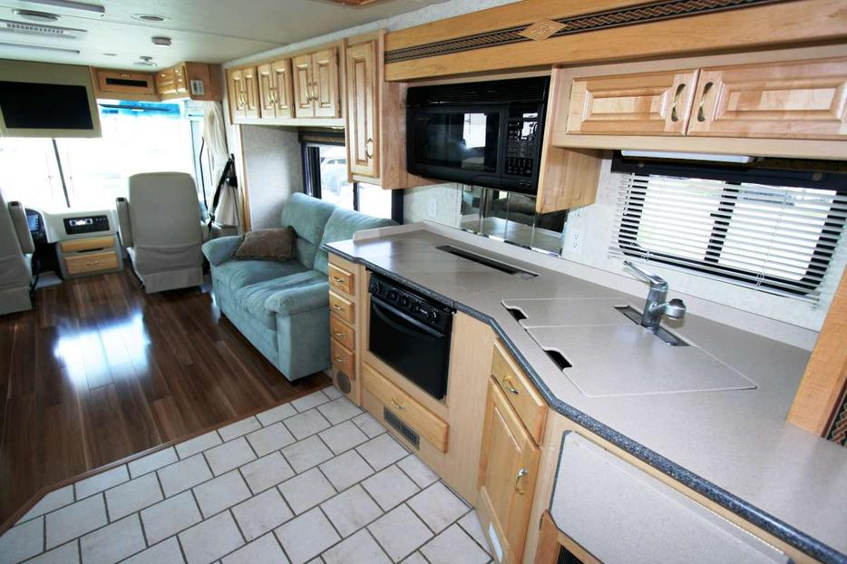 2003 hol rambler endeavor 36pst outside okanagan okanagan mobile. Black Bedroom Furniture Sets. Home Design Ideas
