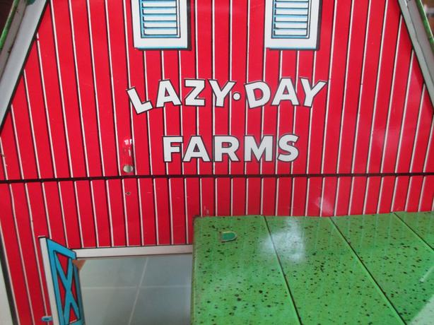 Marx Lazy Days Barn and Accessories