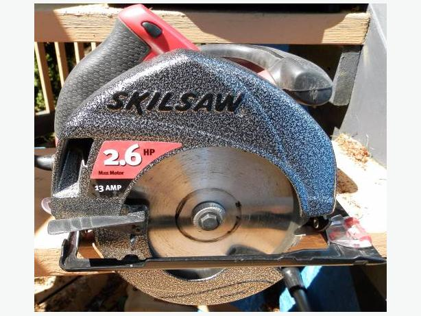 SKILL SAW NEW CONDITION WITH CASE