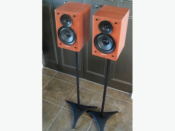Satellite Speakers c/w Stands