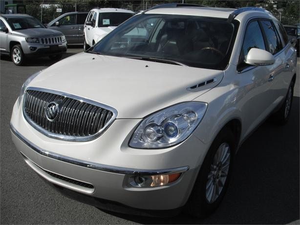 2010 Buick Enclave CXL AWD 3rd row seating