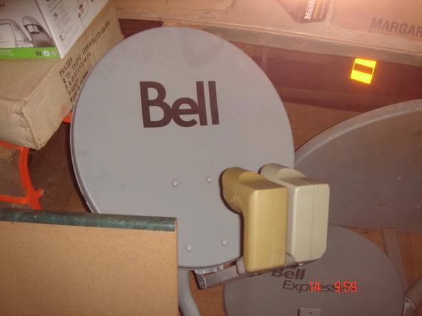 Dual LNB Satellite Dish