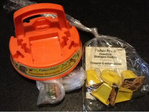 #746 Rare Vintage 1984 FISHER PRICE CREATIVE STAMPER CADDY