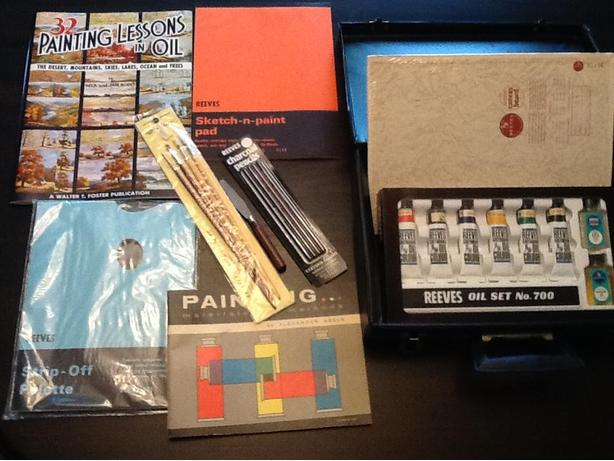 NEW - Oil Painting Set, Canvas, Instructional Books, Paper, Brushes & Carry Case
