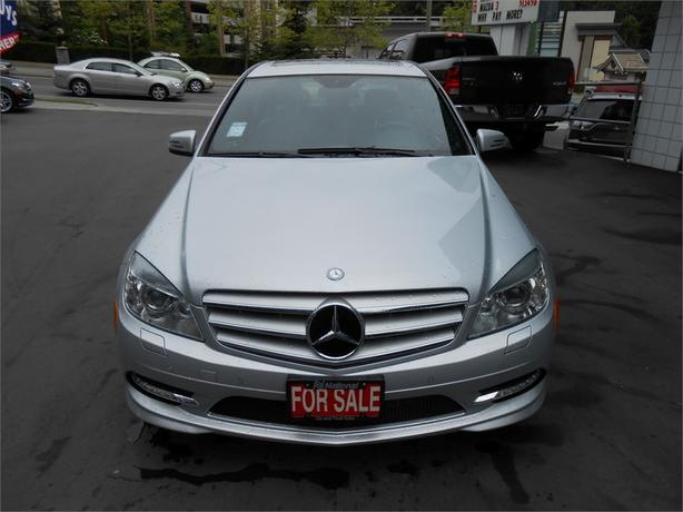 2011 mercedes benz c300 4matic outside cowichan valley for Mercedes benz oil change price