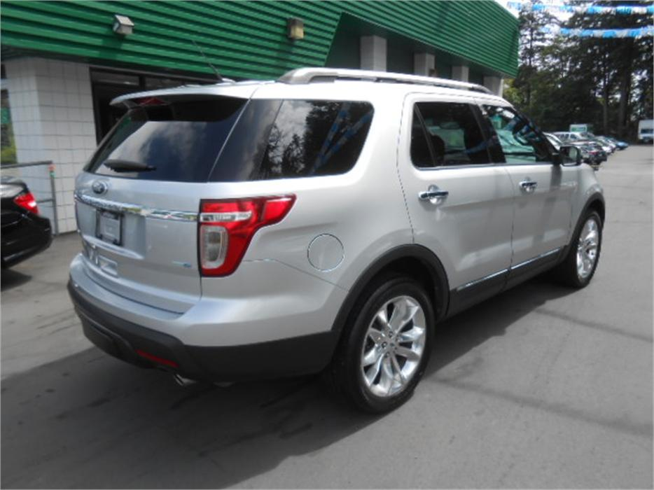 2013 ford explorer limited awd outside cowichan valley cowichan mobile. Black Bedroom Furniture Sets. Home Design Ideas