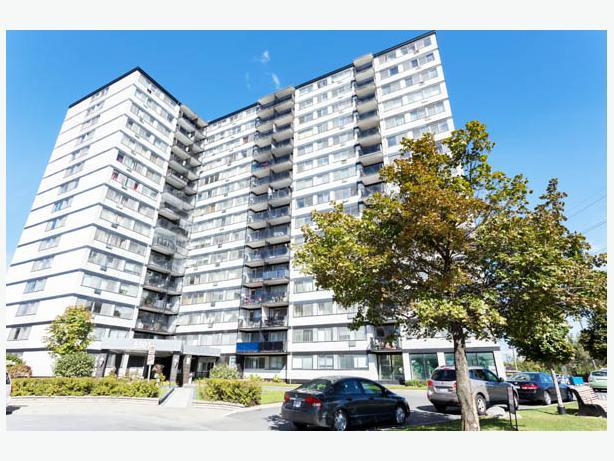 Great Côte Saint-Luc Community- 1 BDRM Apt for Rent!