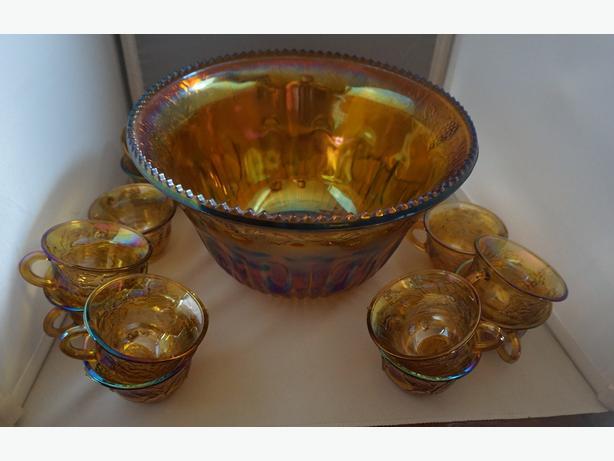 4U2C VINTAGE CARNIVAL INDIANA GLASS PUNCH BOWL 13 GLASSES
