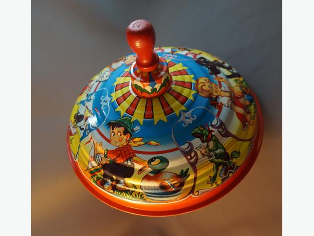 4u2c VINTAGE MID CENTURY TIN TOY SPINNING TOP MADE IN USA 9 BY 8